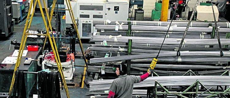 Crise-diminuiu-impeto-por-novas-tecnologias-na-industria-brasileira